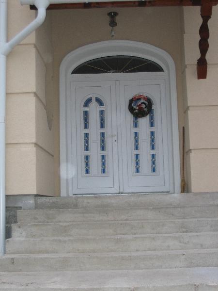 Bejárati ajtó díszpaneles