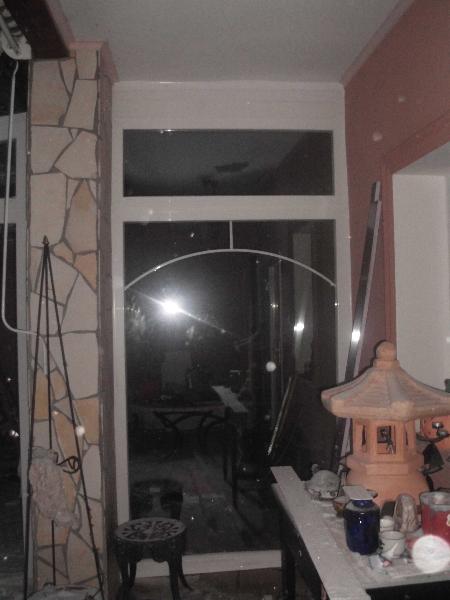 Fix üvegfal beépítve