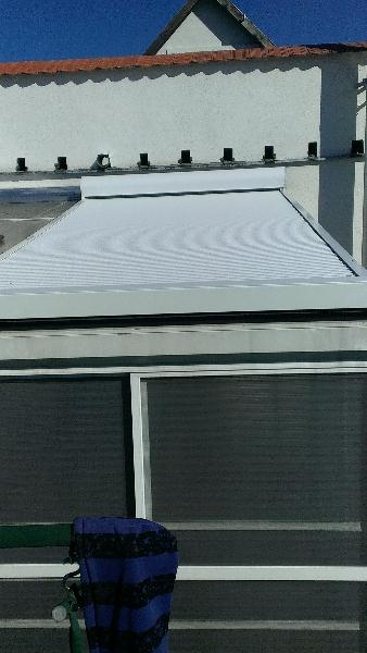 Tető árnyékoló