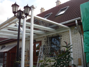 Elő tető üveggel